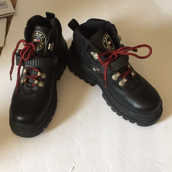 181e5f5a62f57a Tommy Hilfiger vintage men s hiking boots black 8.  M 5b2440ce194dadd322fe5cb0